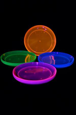 vaisselle fluorescente uv lumi re noire vaisselle fluo. Black Bedroom Furniture Sets. Home Design Ideas